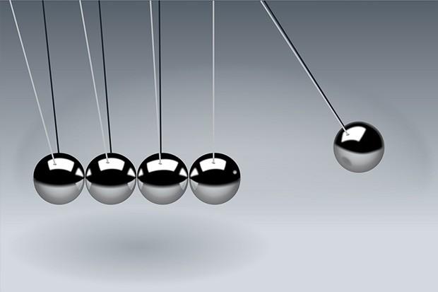 Что находится между мыслью и действием
